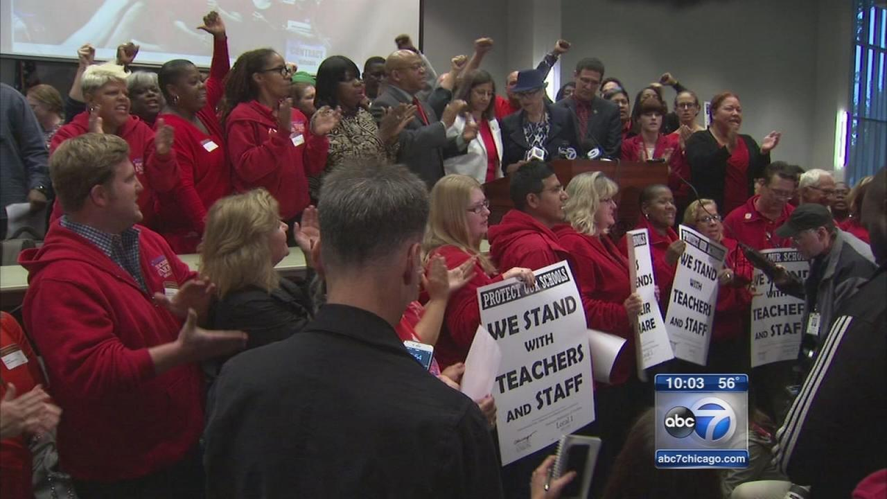Chicago Teachers Union sets strike date for October 11