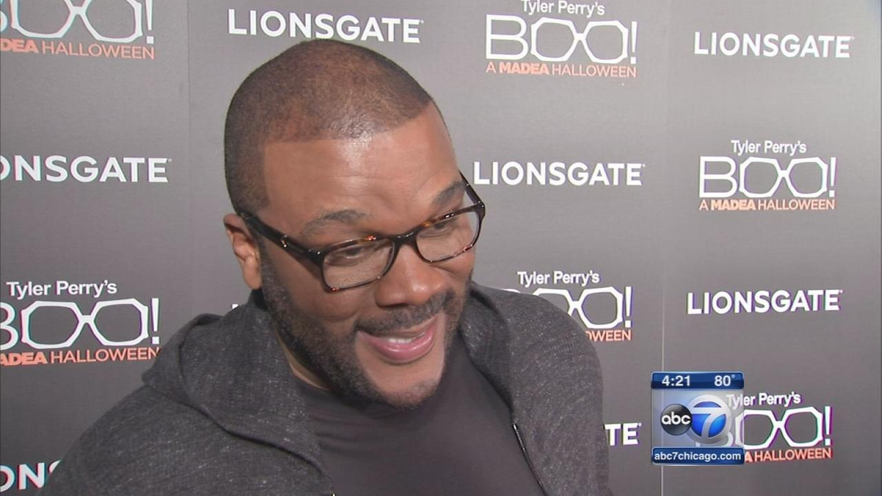 Tyler Perry shows new Madea movie in Chicago