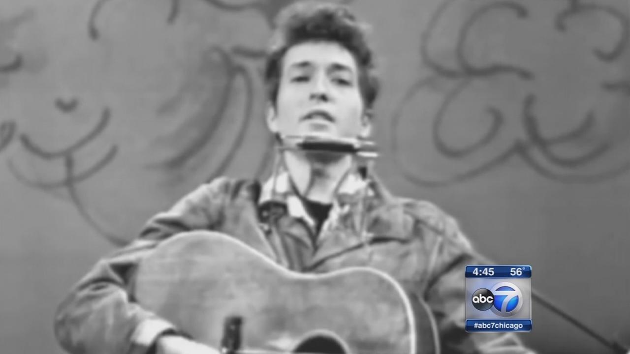 Bob Dylan wins Nobel in literature