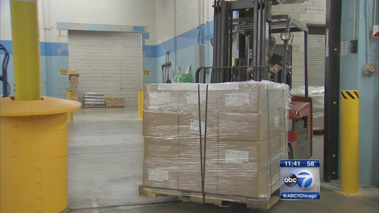 Schaumburg facility packages meals to feed children around world