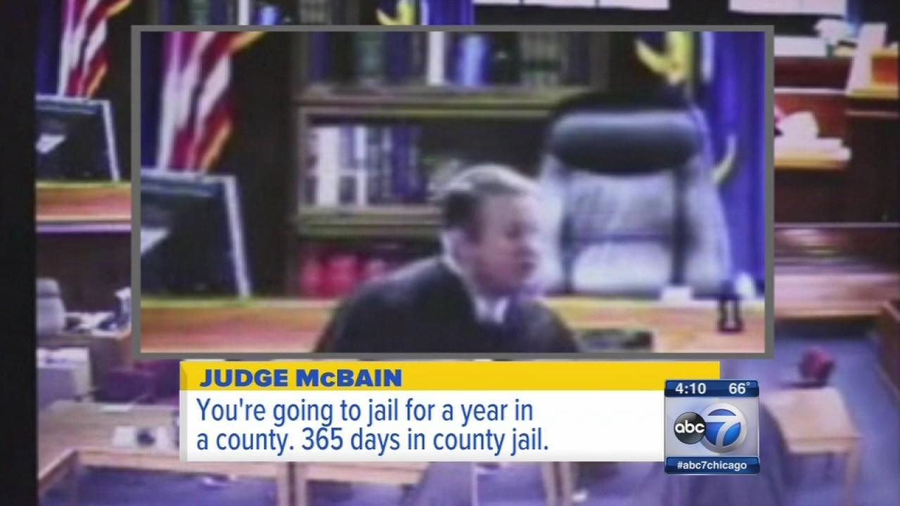 Judge leaps from bench to restrain defendant