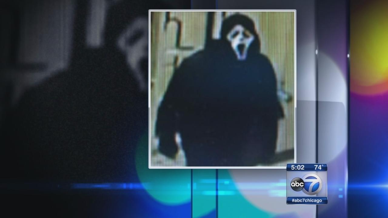 Knife-wielding man in Scream mask robs Warrenville hotel