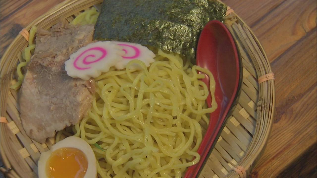 Tsukemen puts hot-and-cold twist on ramen
