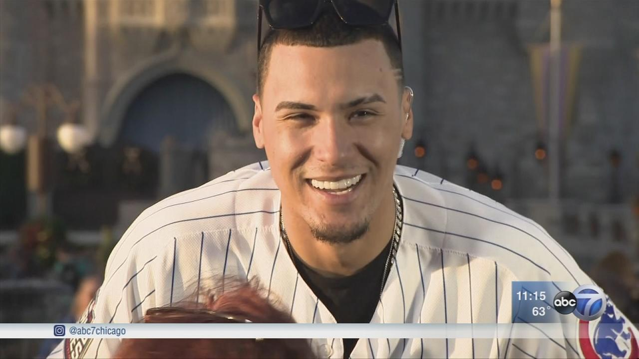Javy Baez meets fans at Macys