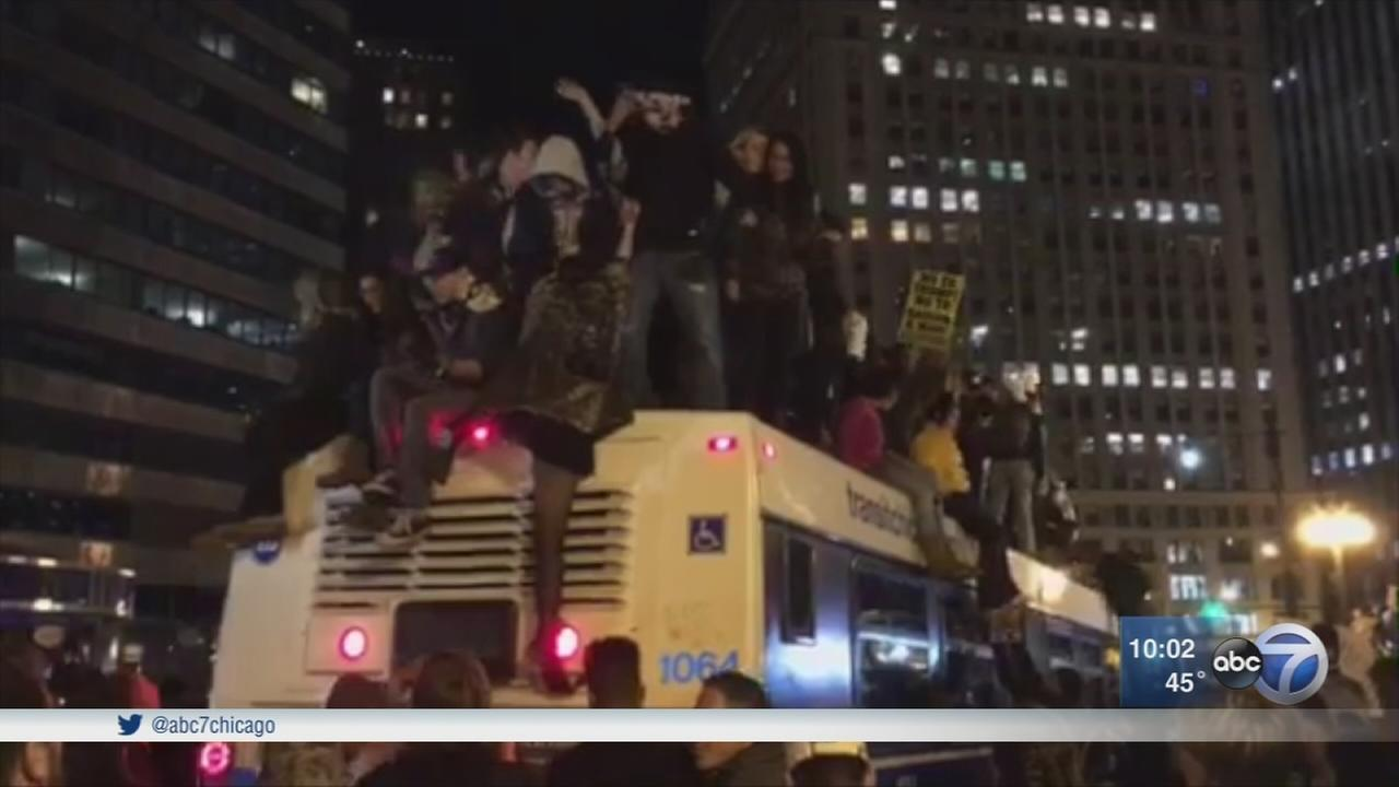 Trump protesters march in Chicago