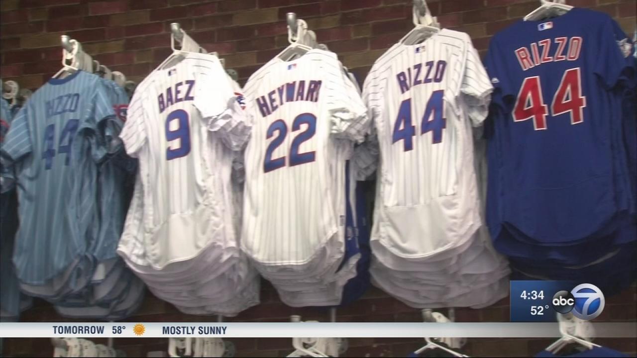 FBI warns of fake Cubs merchandise