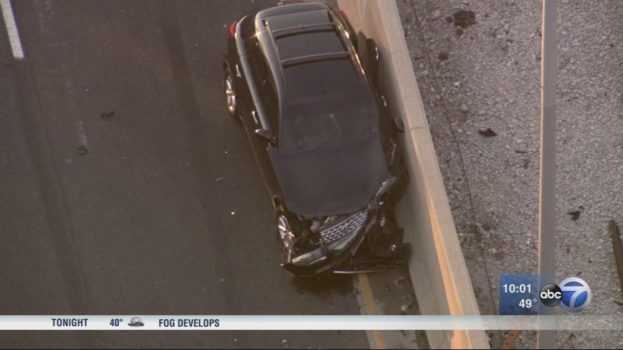 4 injured, 1 critically, in I-290 shooting, crash near Racine