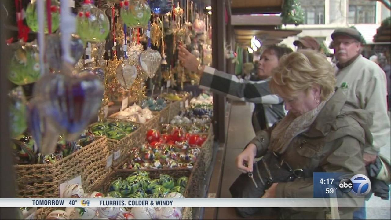 Chicago gears up for the holidays
