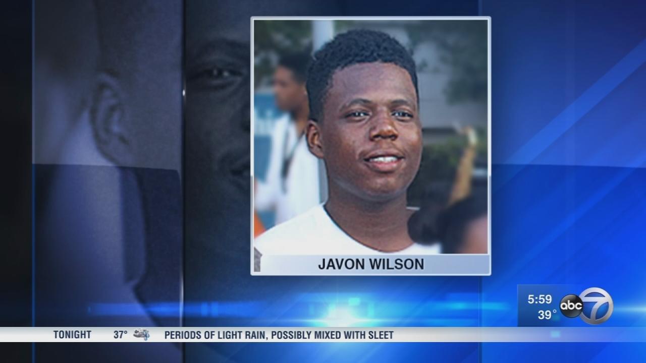 Vigil held for Javon Wilson, Rep. Danny Davis? grandson