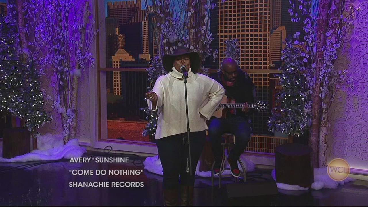 Avery*Sunshine performs on WCL