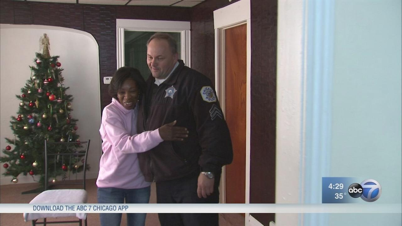 Officers help grandmother raising 3 Englewood girls found in squalor