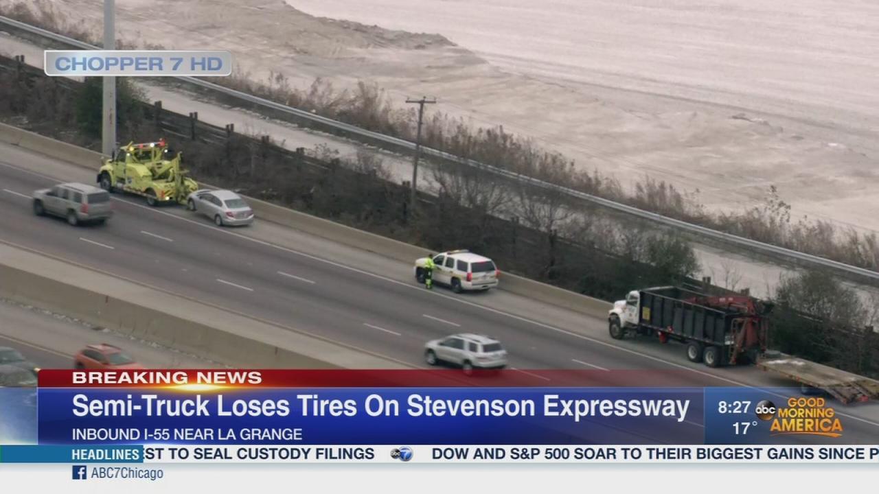 Truck loses 2 tires on Stevenson