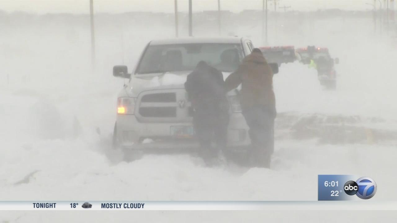 Winter storms head toward Chicago promising a lot of snow
