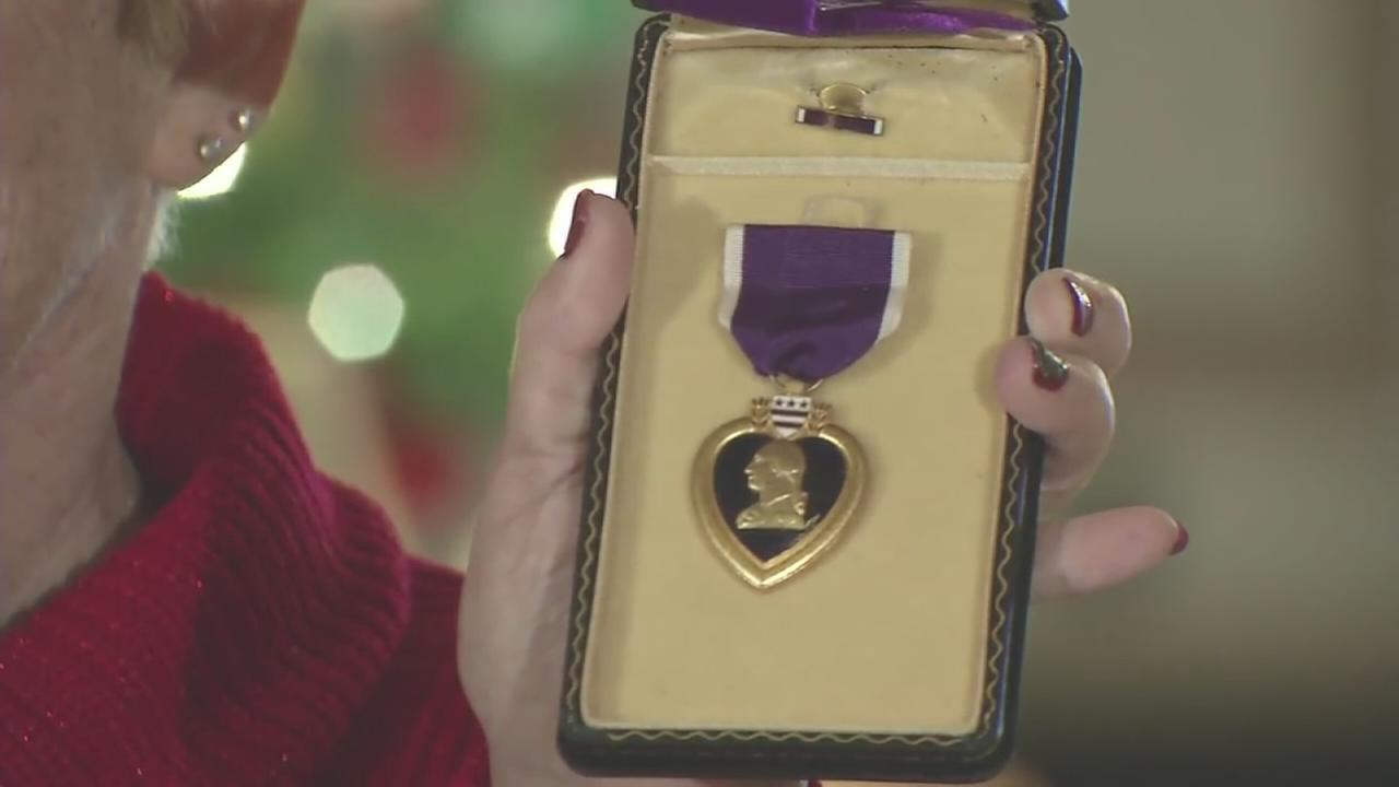 State treasurer returns Purple Heart to daughter of Korean War vet