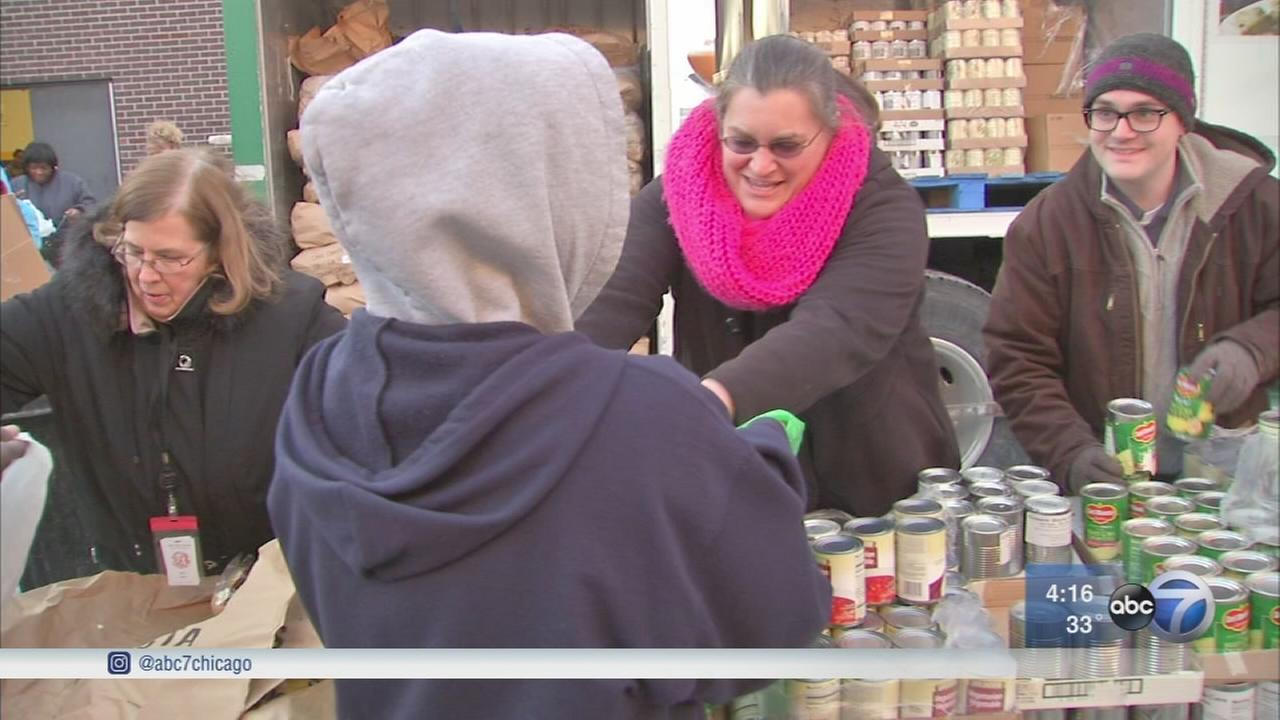 Food bank provides mobile pantry to help families