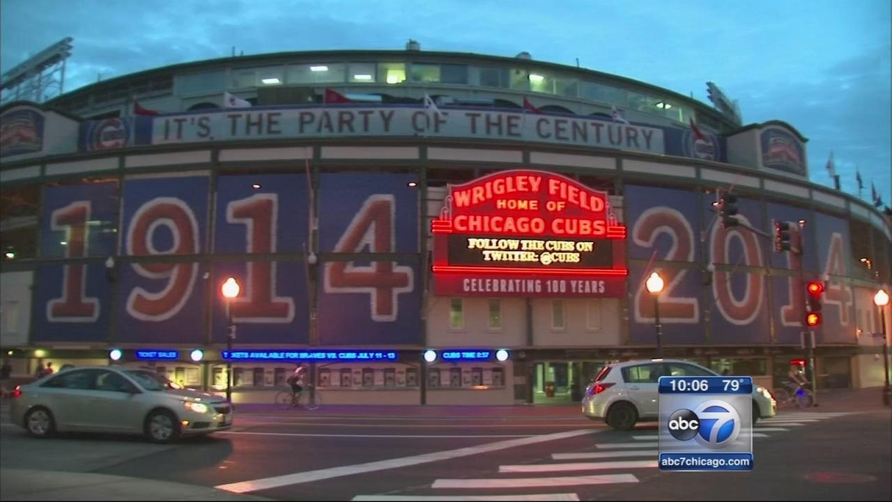 Residents weigh in on Wrigley Field renovation plans
