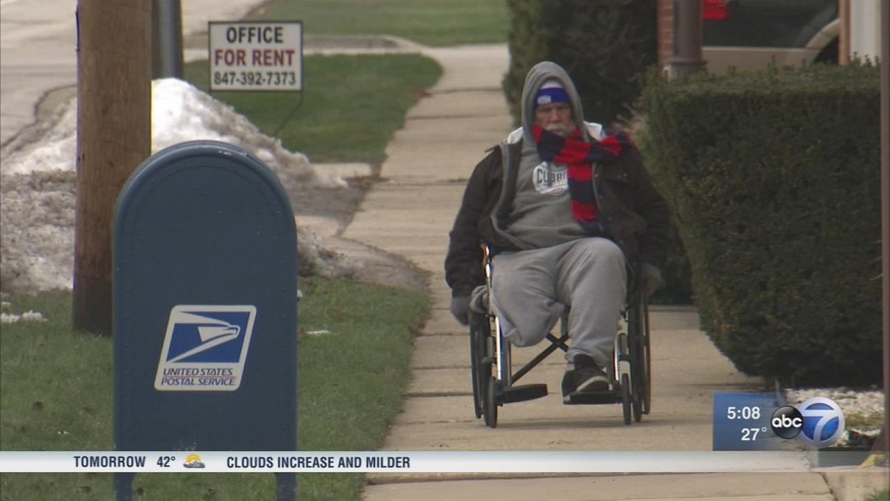 Wheelchair-bound Cubs fan travels from Wisconsin to Wrigley Field for charity