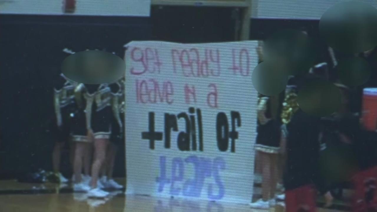 School apologizes for ?Trail of Tears? sign