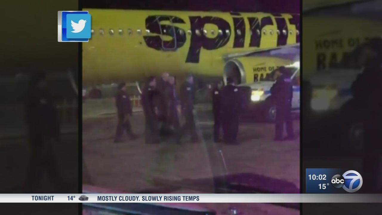 Passengers on edge after passenger breaches security at OHare