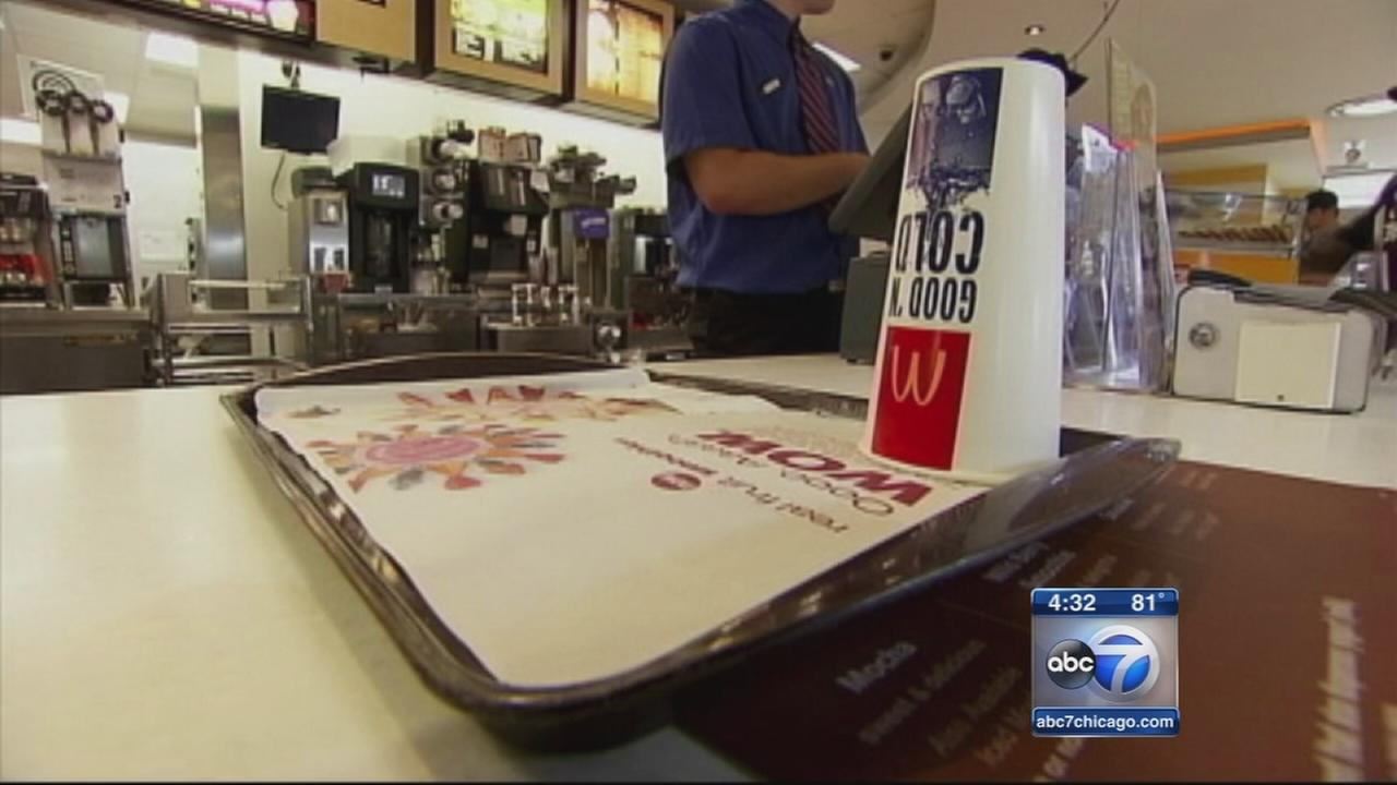 Panel suggests minimum wage increase
