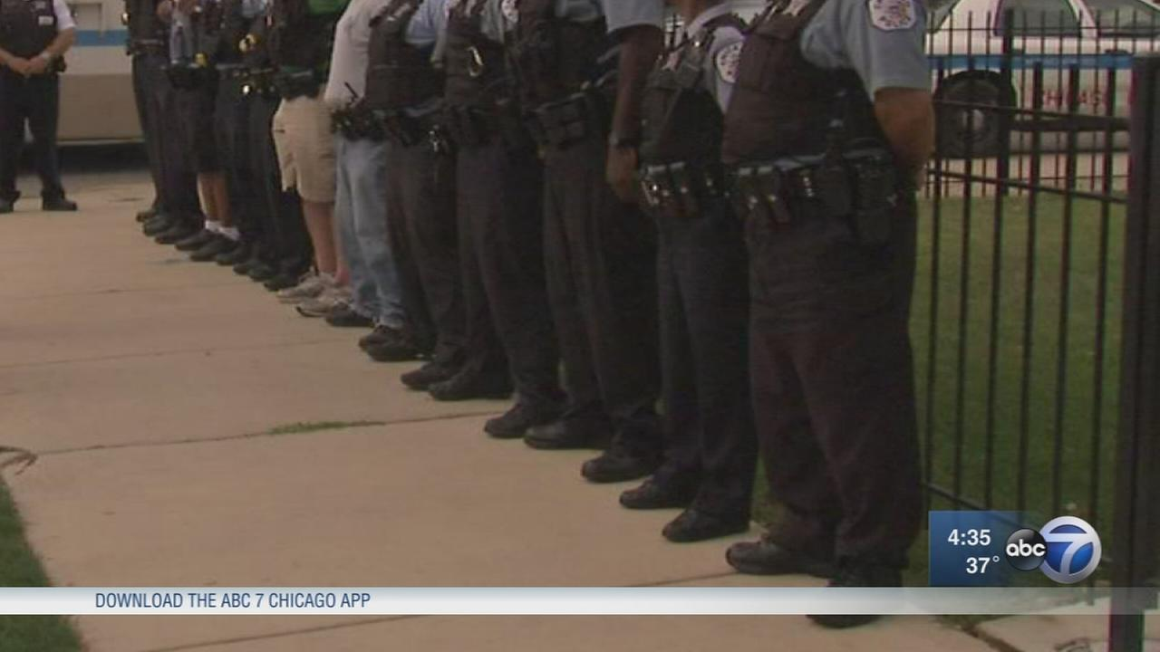 Panel seeks to revitalize Chicago community policing