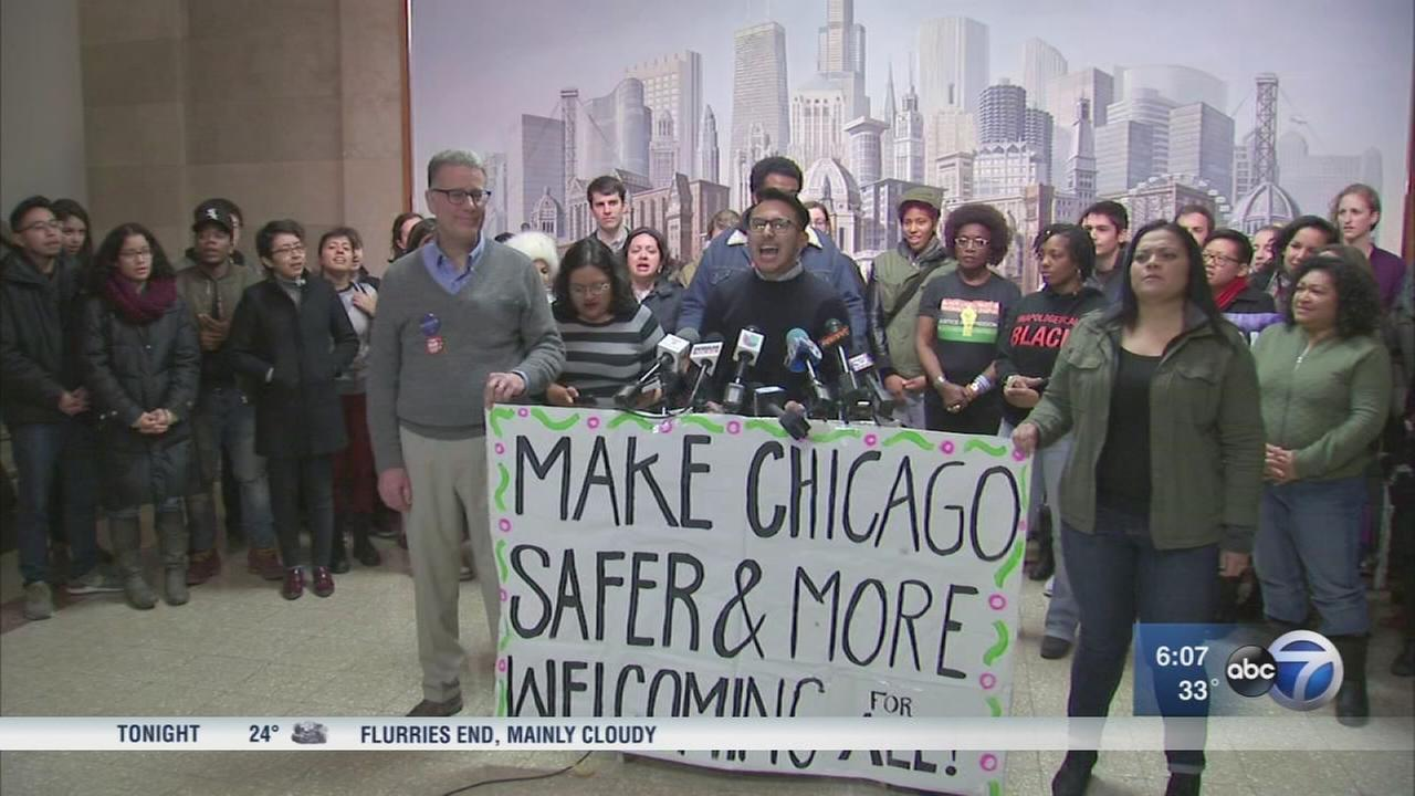 Chicagoans react to Trump?s threat to withdraw funding for sanctuary cities