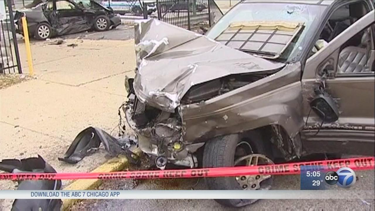 Police: 1 dead, 3 seriously injured in West Town crash
