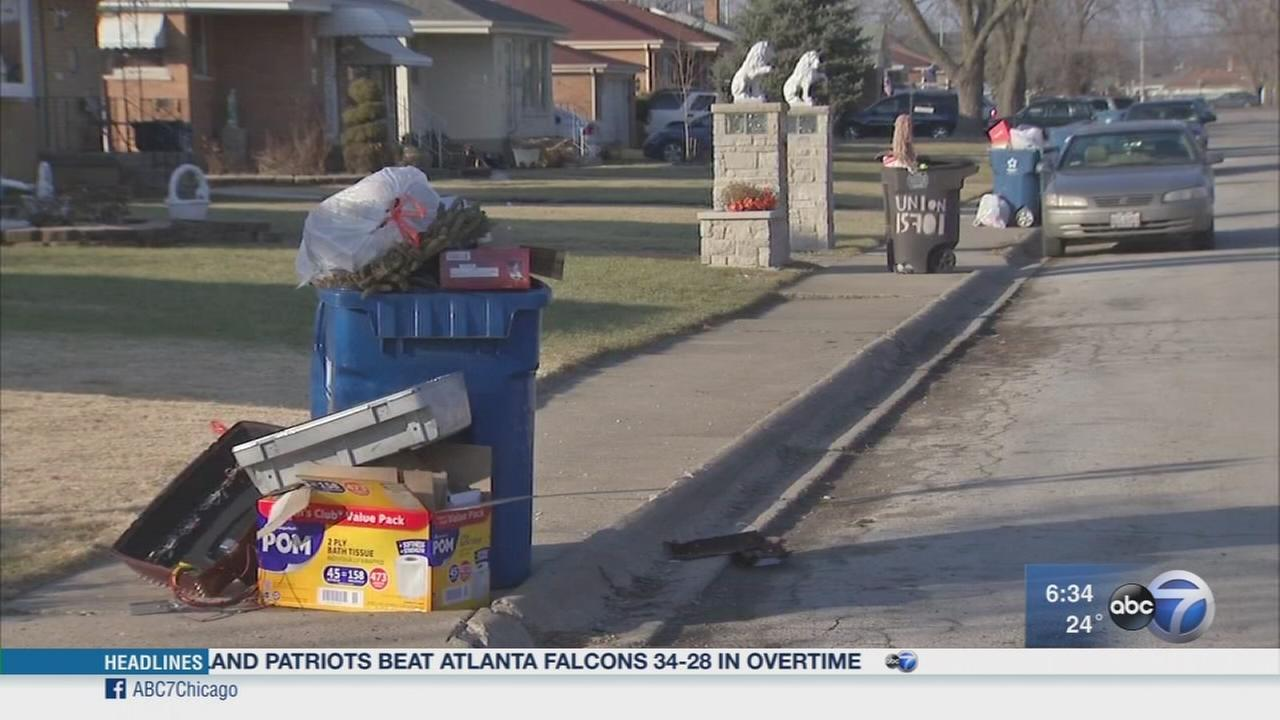 Harvey residents complain of garbage piling up