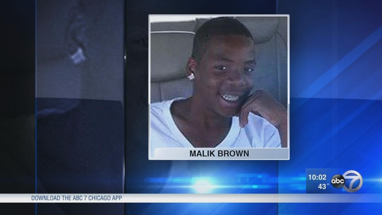 Waukegan high school basketball player killed in weekend crash