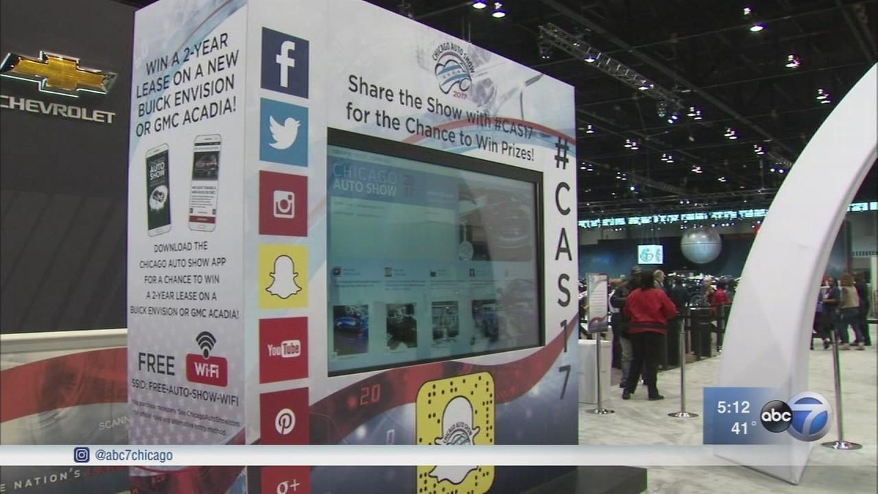 Social media playing big role in Chicago Auto Show 2017