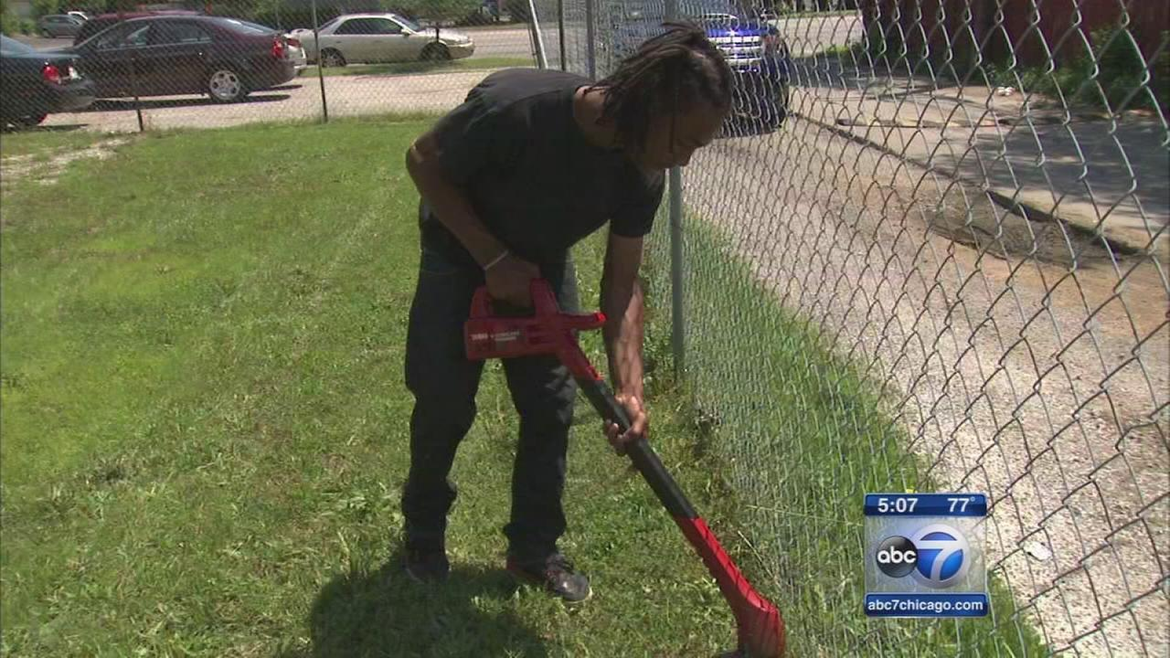 Jobs keep teens off streets, group says