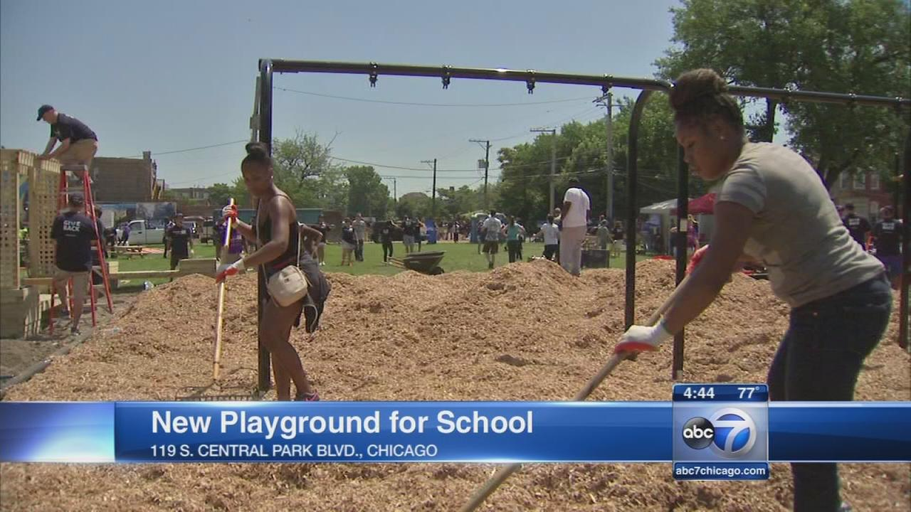 New playground built in East Garfield Park