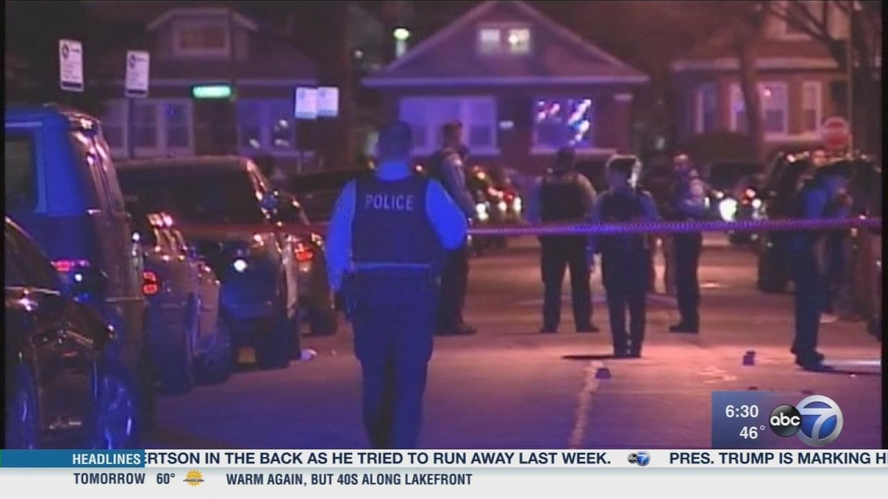 2 teens shot on West Side