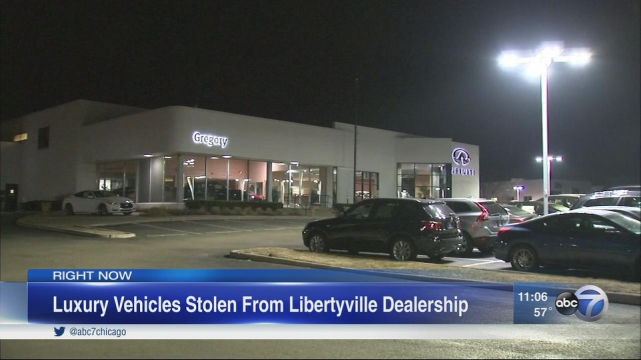 Luxury SUVs stolen from Libertyville dealership