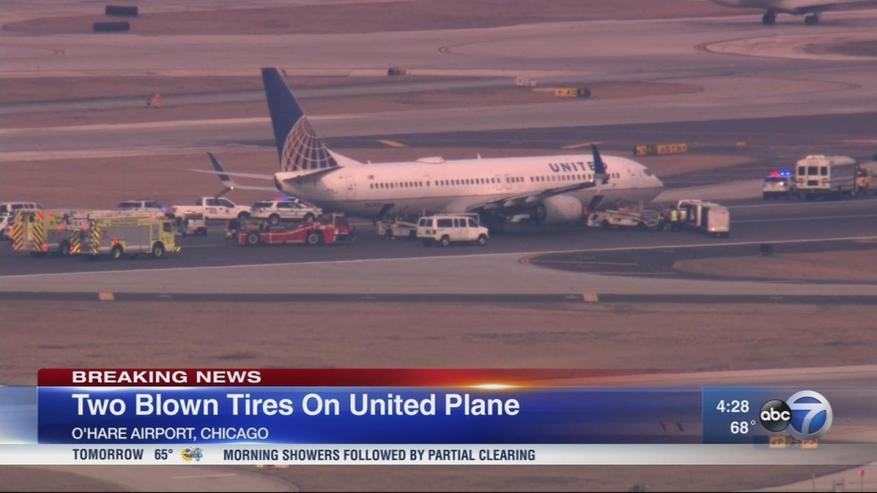 Emergency crews surround plane at OHare after tire issue, CFD says