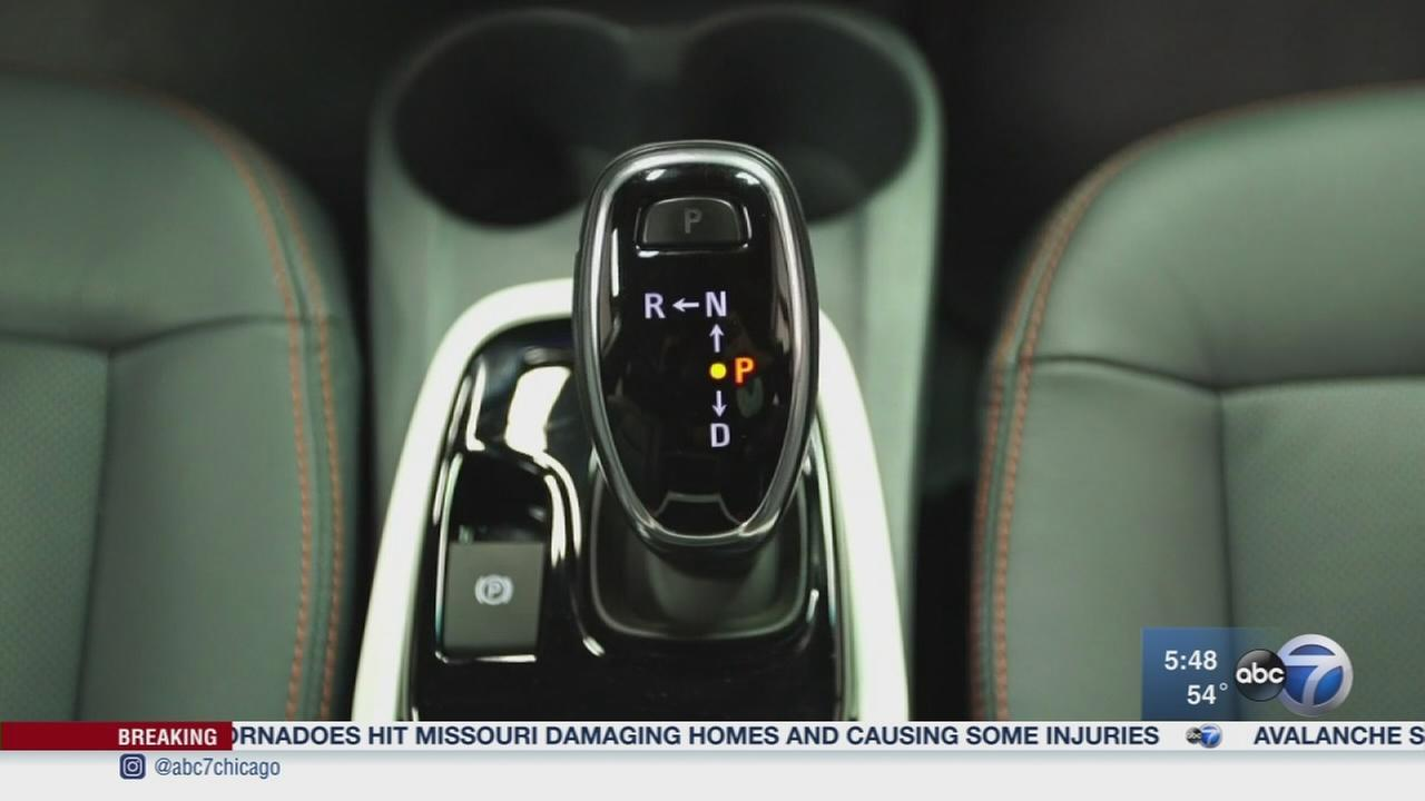 Consumer Reports: Dangerous car shifters