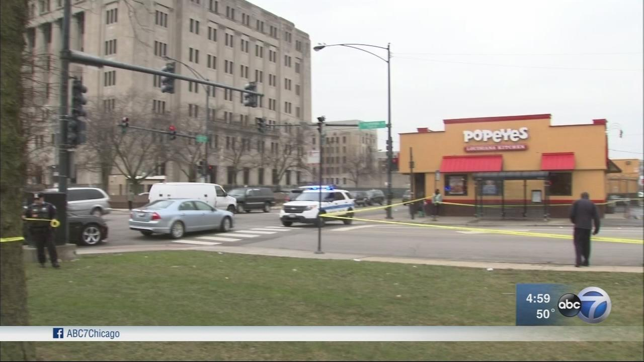 Man shot 6 times walking to courthouse
