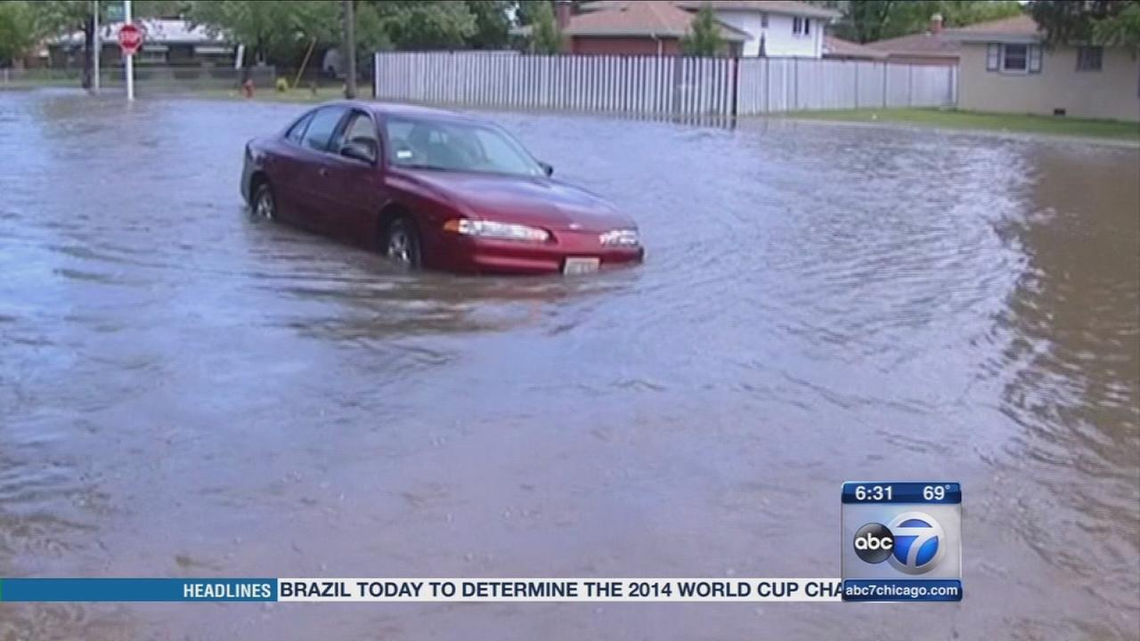 Storms, flooding hit Chicago area