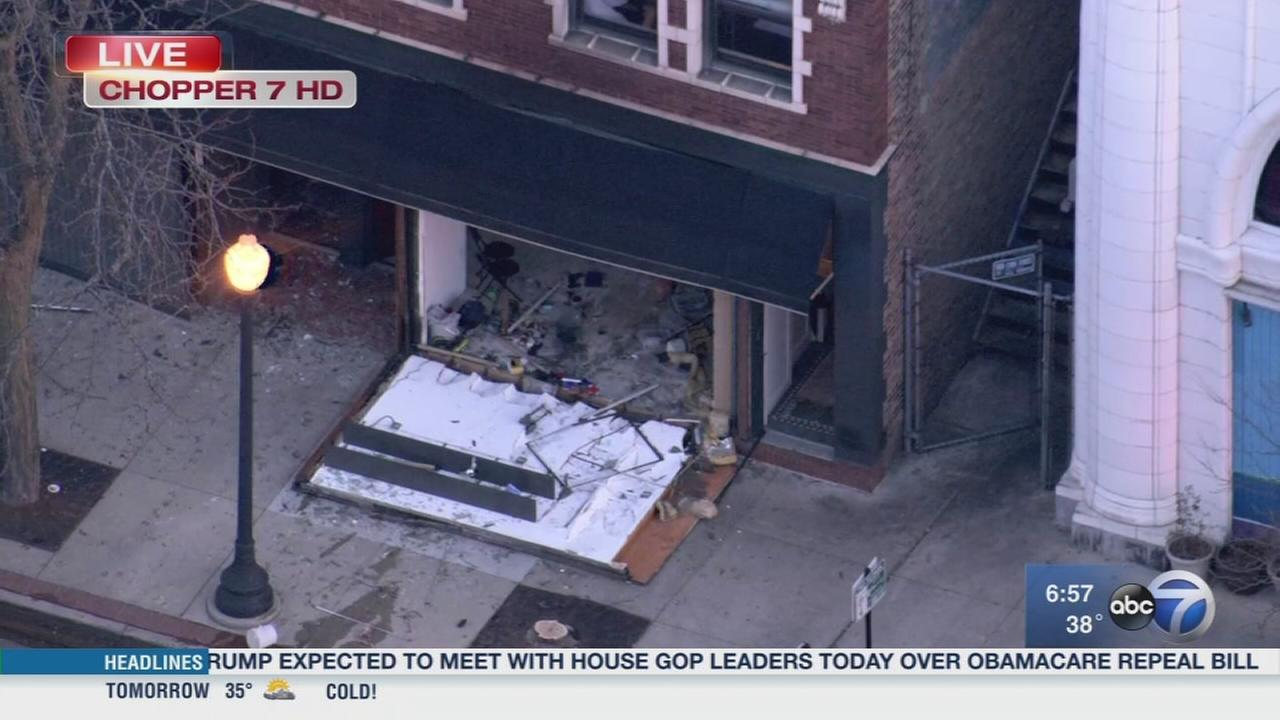 Small explosion sparks Andersonville fire