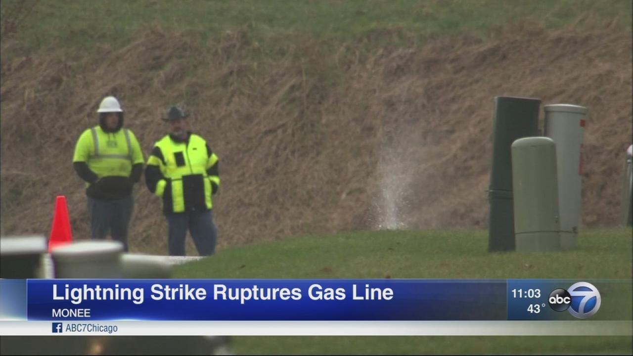 Lightning ruptures Monee gas line