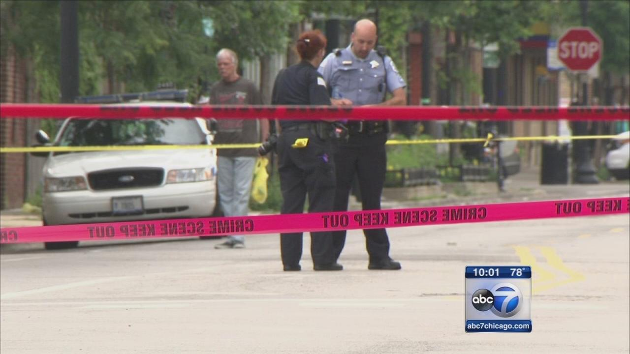 Ald. Joe Moore witnesses deadly shooting on North Side