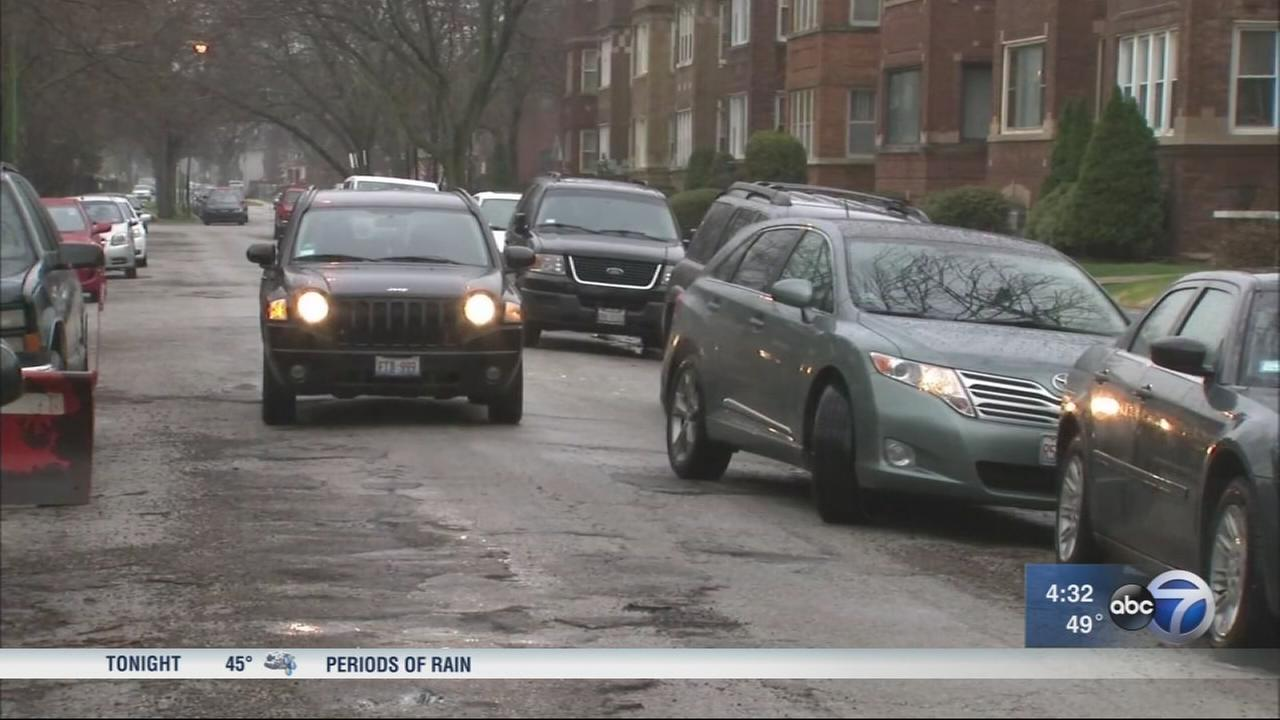 Police investigating string of Auburn Gresham carjackings