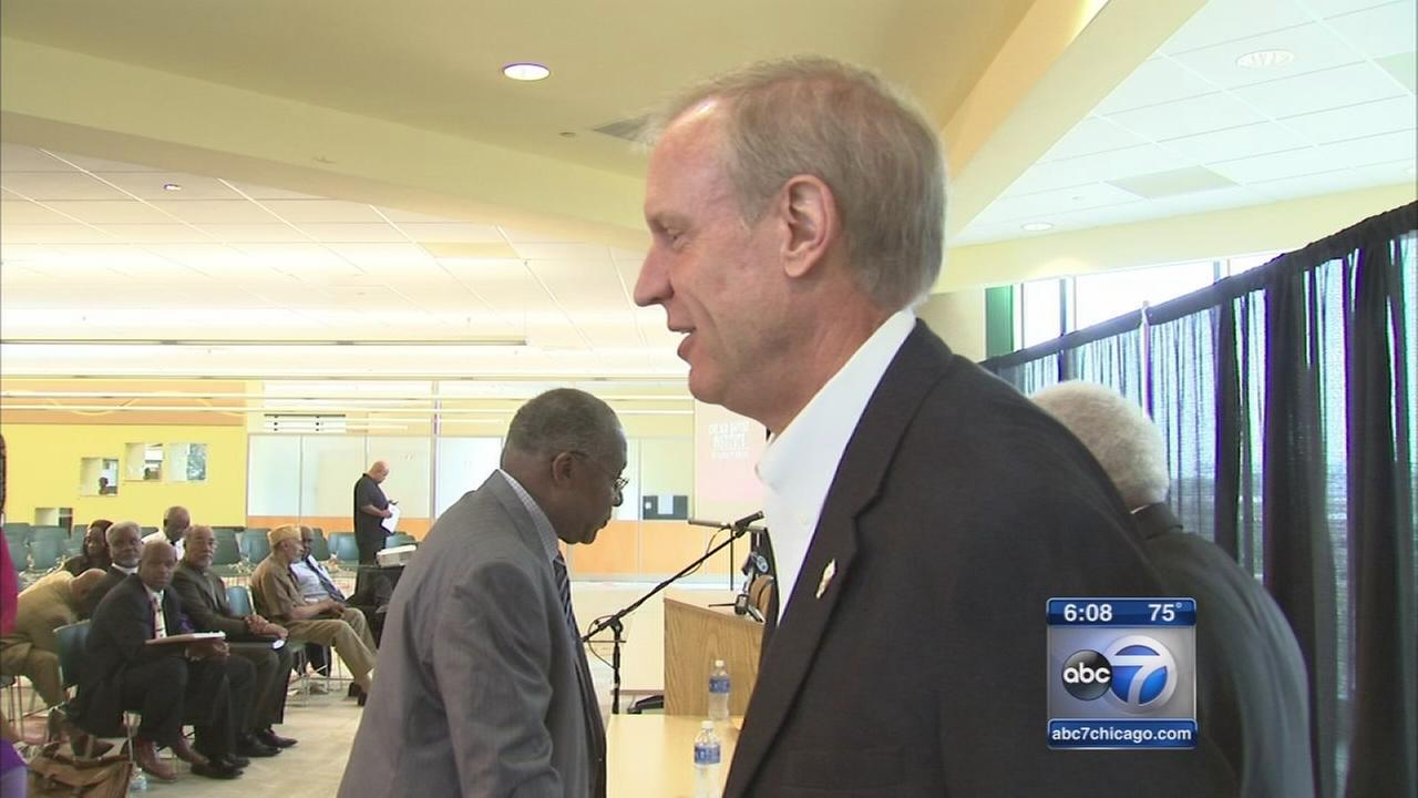 Rauner campaigns on Chciagos South Side