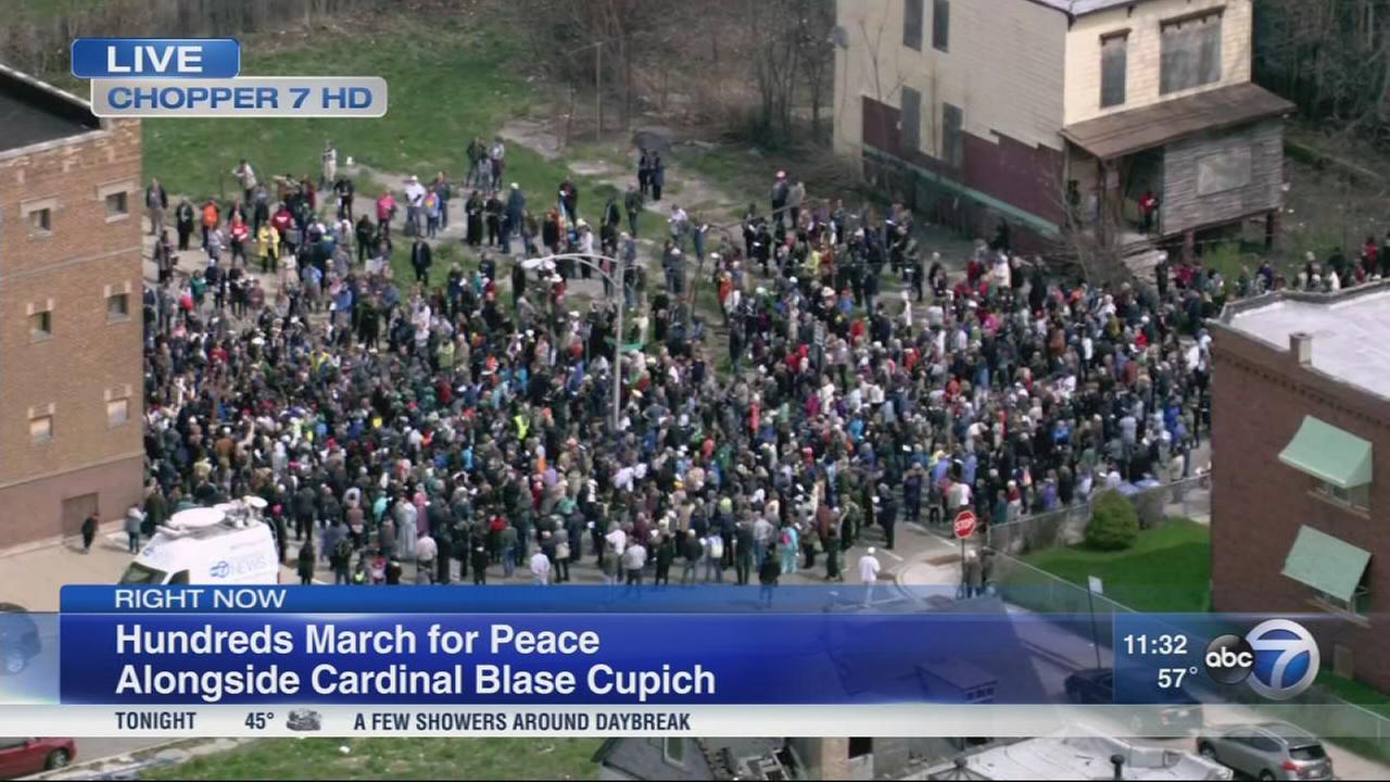 Cardinal Blase Cupich leads hundreds in Englewood peace ...March For Peace Chicago