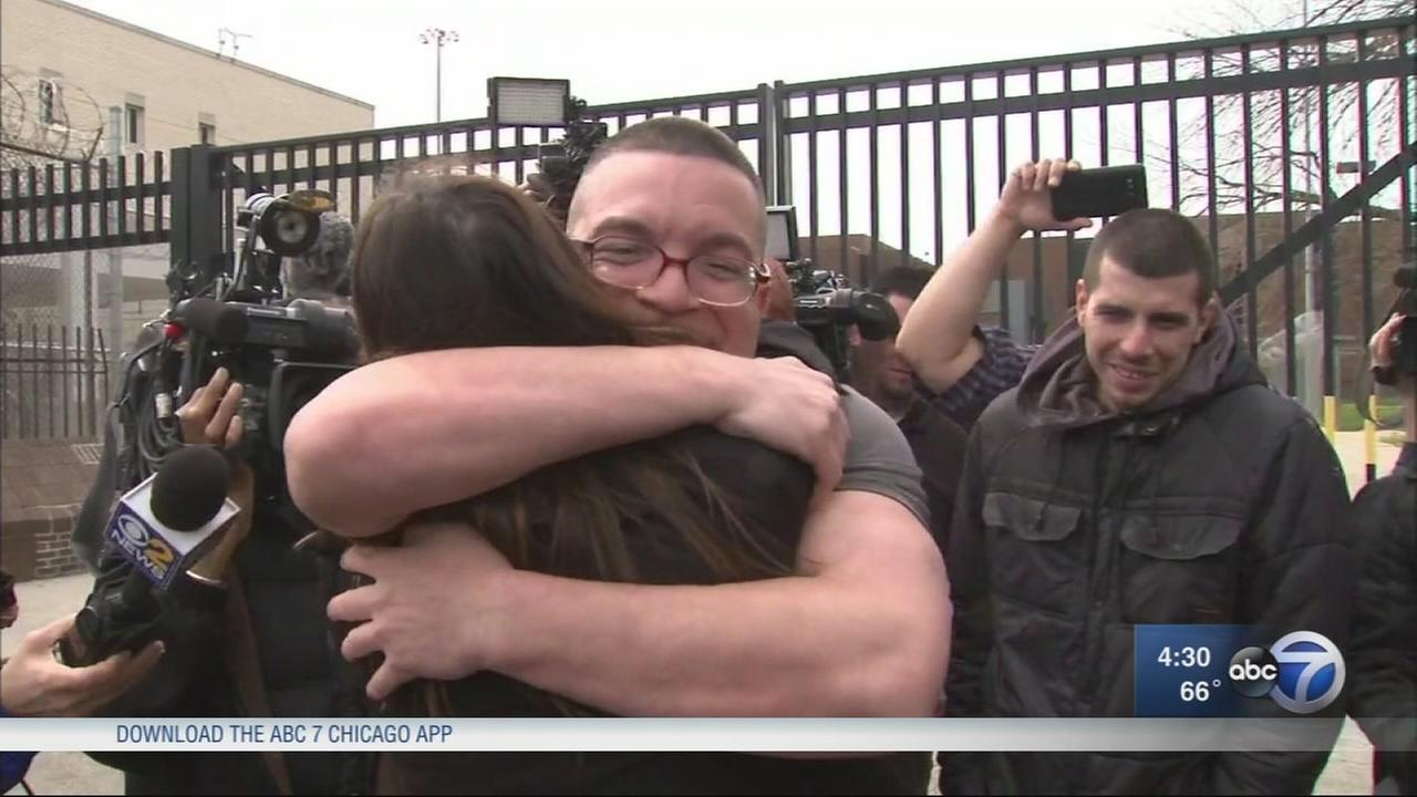 Judge dismisses double murder case, frees inmate after 23 years in prison