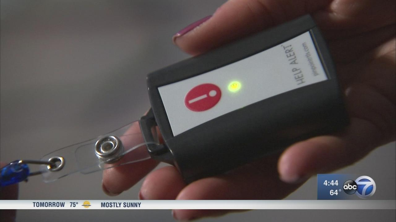 Panic button proposed to protect Chicago hotel workers