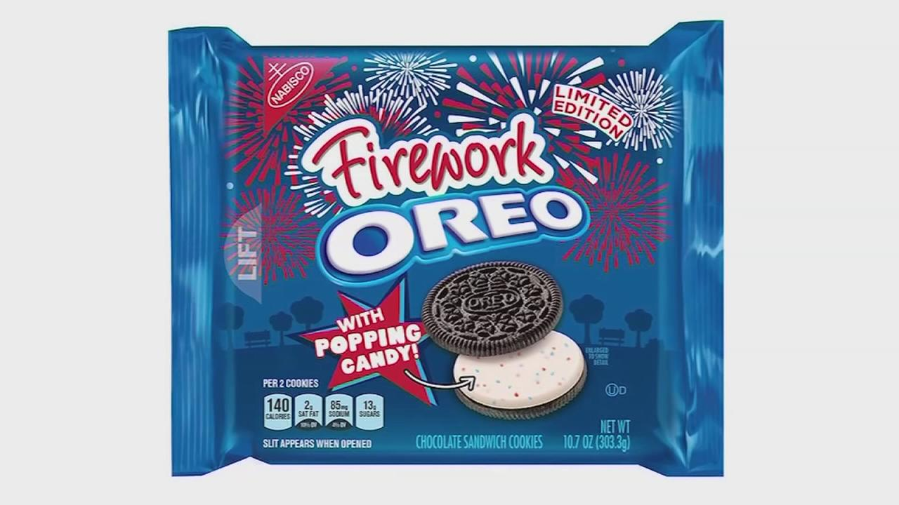 New ?Firework? Oreo includes popping candy