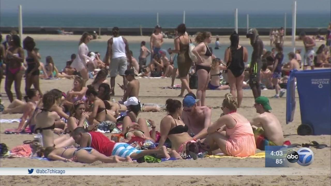 Chicago sees warmest day since September