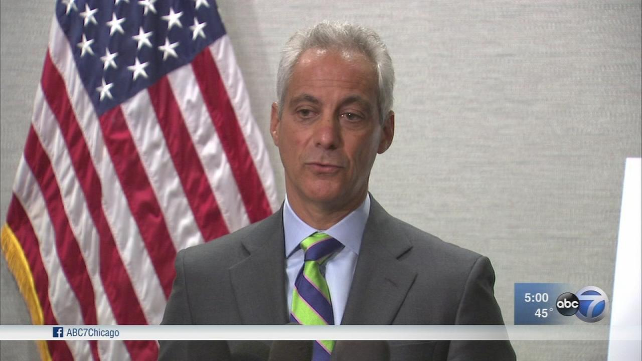 Mayor announces $389 million borrowing plan to finish CPS school year, pay pensions