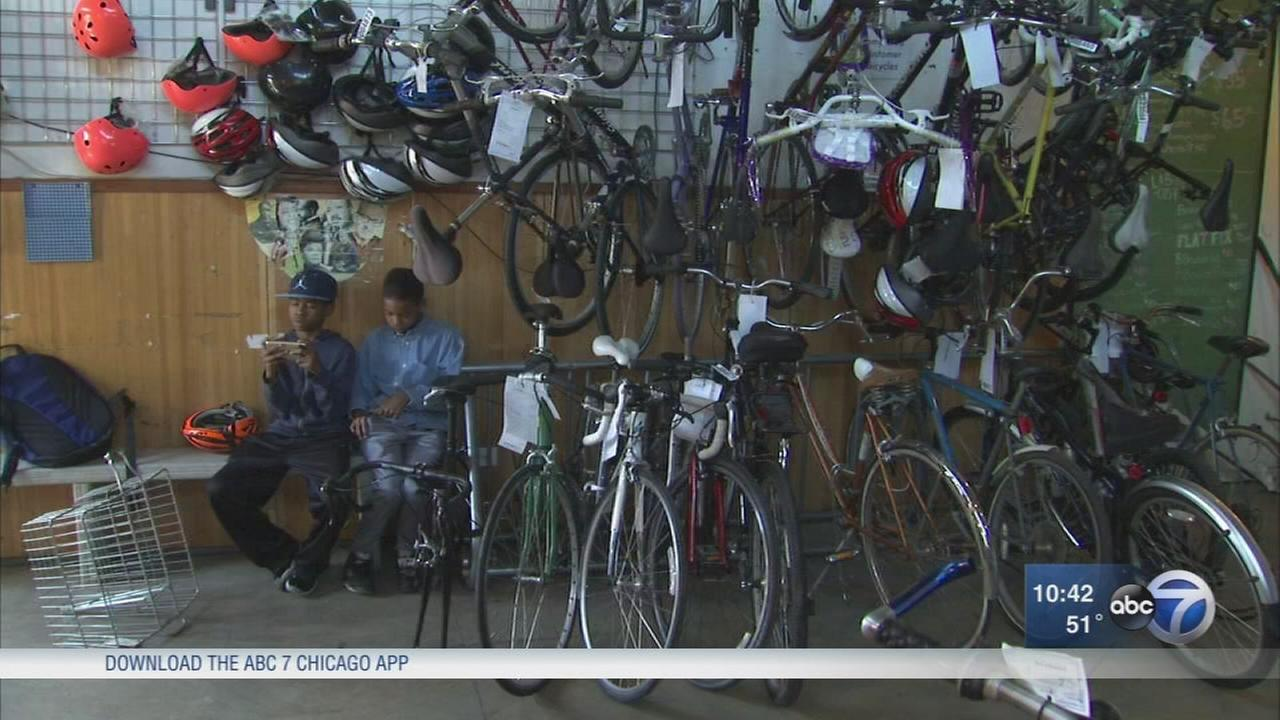 Chicago bike shop also offers youth educational programs